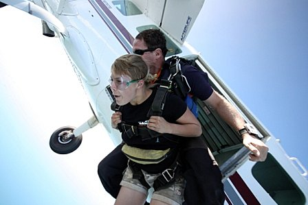 product image for 15,000ft Tandem Skydive