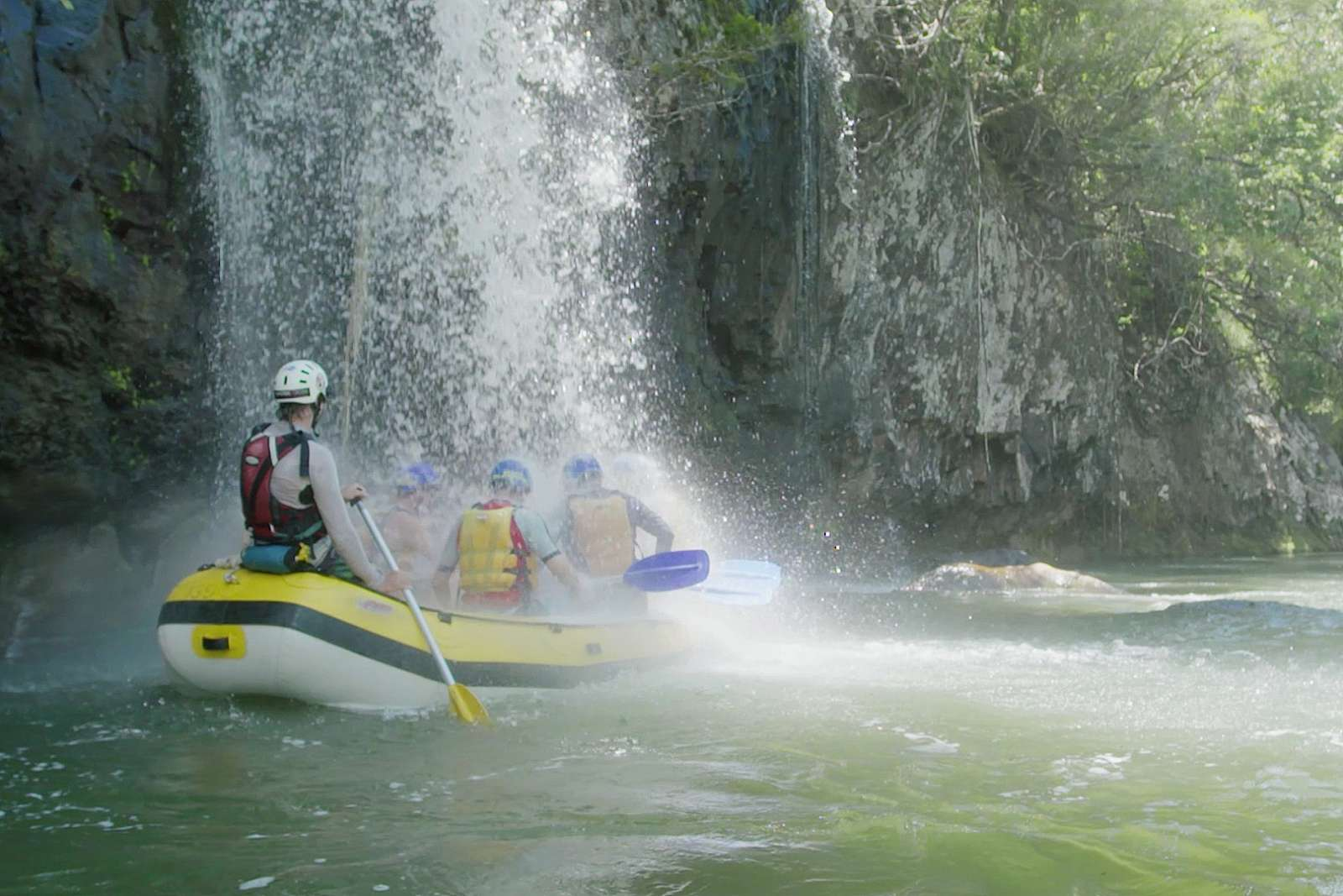 Feature image for Rafting - Tully River Full Day