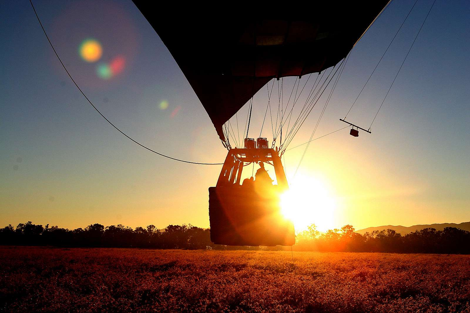 Feature image for Balloon Hot Air Scenic Flight ex Cairns